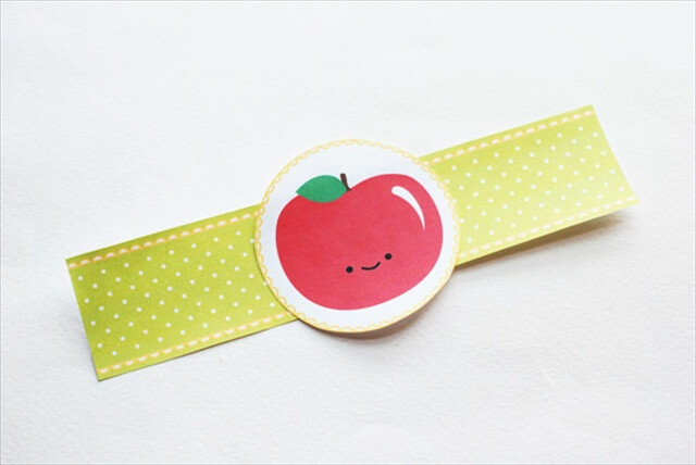 Ideas for DIY Happy Apple Printable Napkin Rings