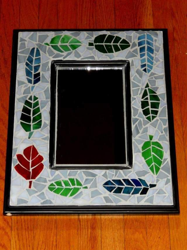 MOsaic Mirror craft idea