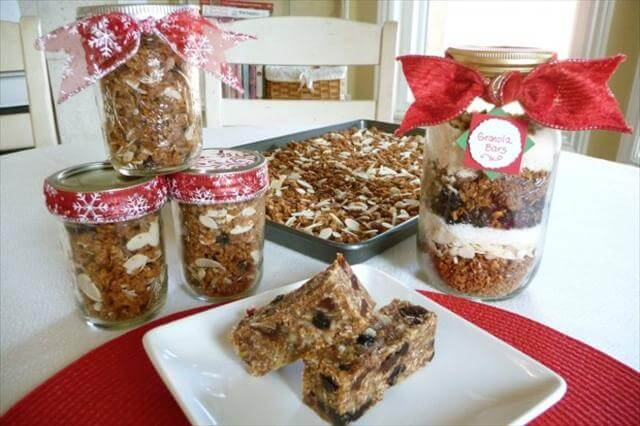 Healthy Homemade Granola Gifts-in-a-Jar