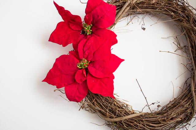 DIY Poinsettia Wreath