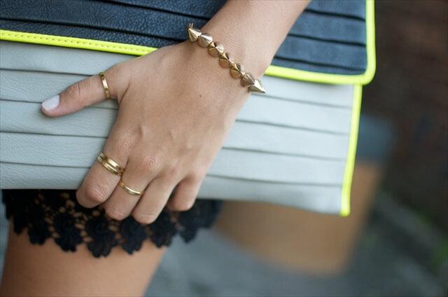 2 Cool DIY Metallic Bracelets You Can Make Yourself