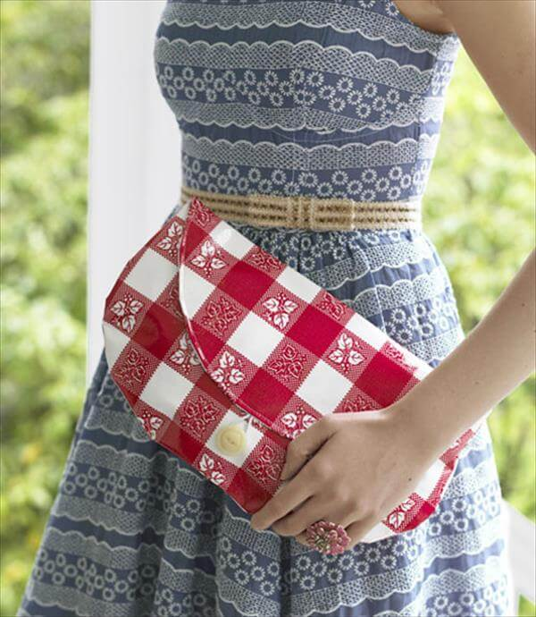 diy oil cloth clutch