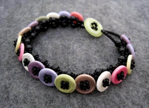 homely prepared button bracelet