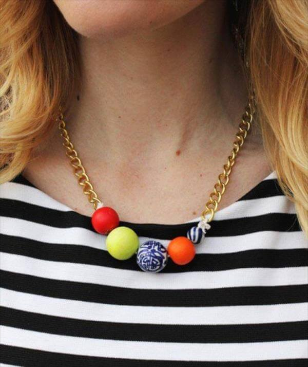 simple handcrafted beaded necklace
