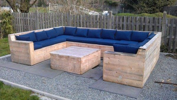 handcrafted pallet C-shape outdoor sofa