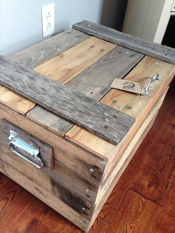 small-storage-trunk-chest