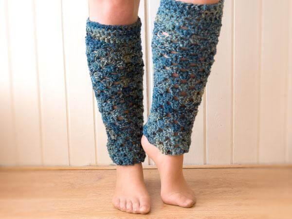 diy classic crochet leg warmer